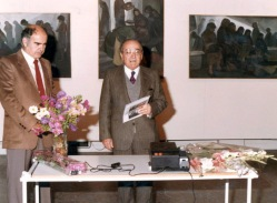 1984 Ο Βασίλης Σίμος με τον τότε δήμαρχο Λάρισας Κο Λαμπρούλη